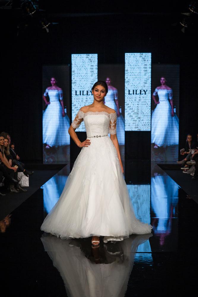 LILLY menyasszonyi ruhák - A kifutón