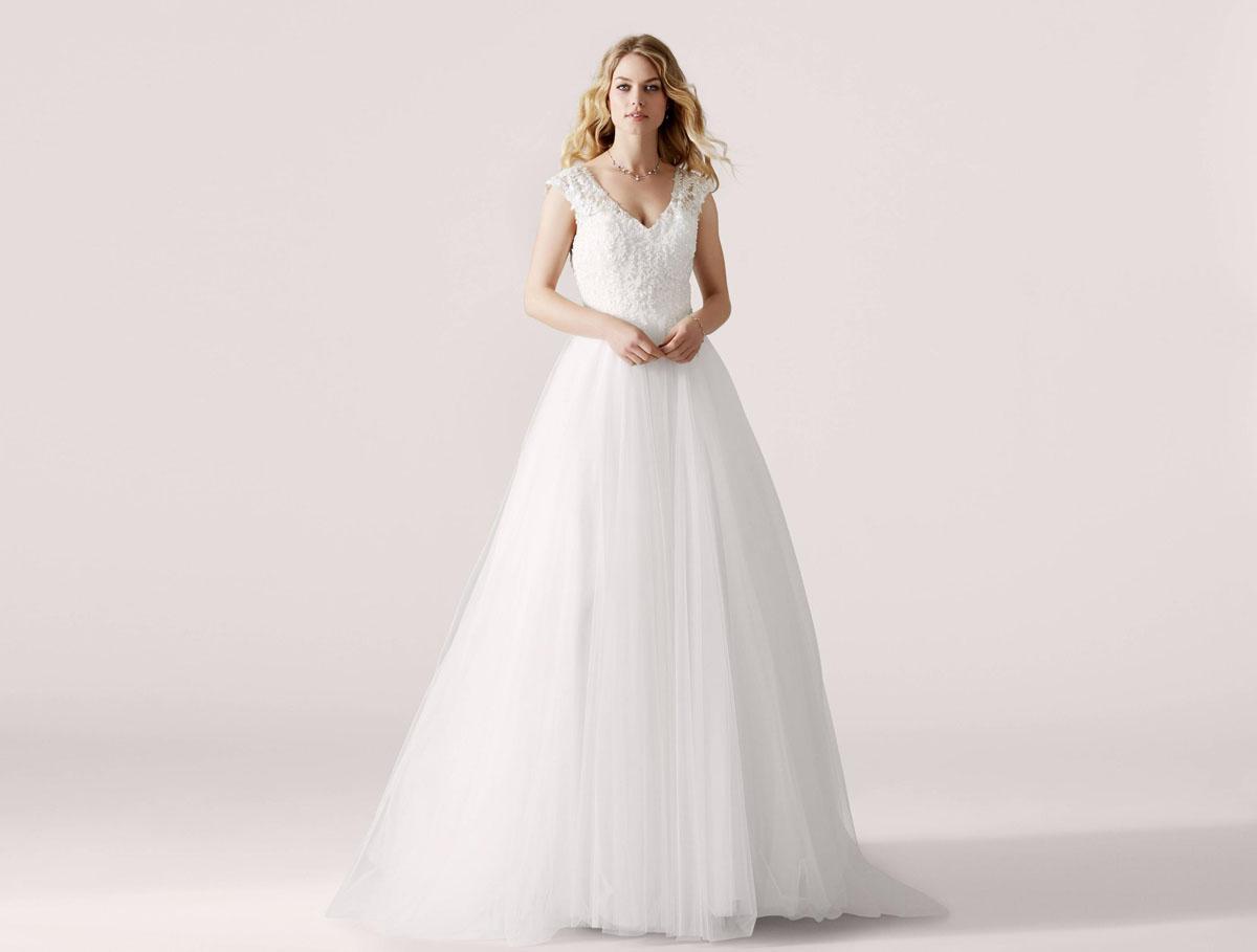 LILLY menyasszonyi ruha kollekció 2019