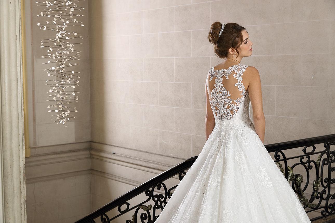 Très Chic menyasszonyi ruha
